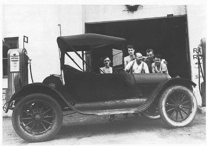 1915-Morton-garage.jpg